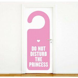 מדבקות לדלת